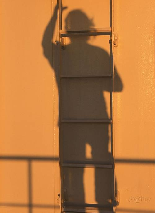 1711 30 Examples Of Shadow Photography Taken at Perfect Time