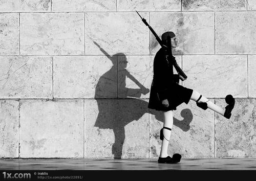 238 30 Examples Of Shadow Photography Taken at Perfect Time