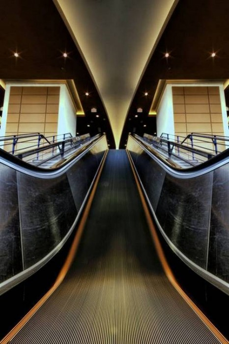 30 stunning examples of symmetrical photography