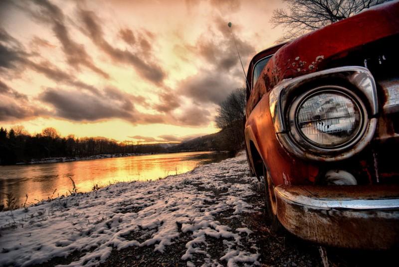 river_truck_by_bawwomick-d394r1q