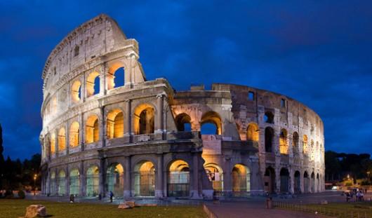 12. Colosseum, Rome - famous history architecture