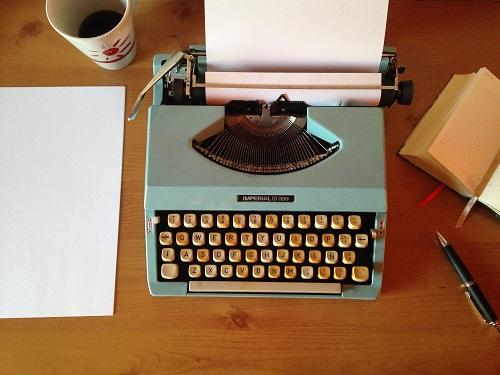 ballpoint-pen-classic-coffee-composition